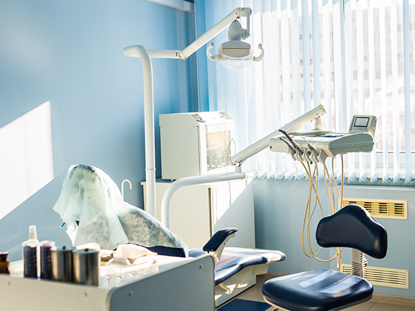 Dental implant thearpy machine